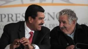Pepe Mujica aconsejó a su amigo Maduro tomar un nuevo rumbo con la crisis venezolano. Foto/archivo: telesurtv.net