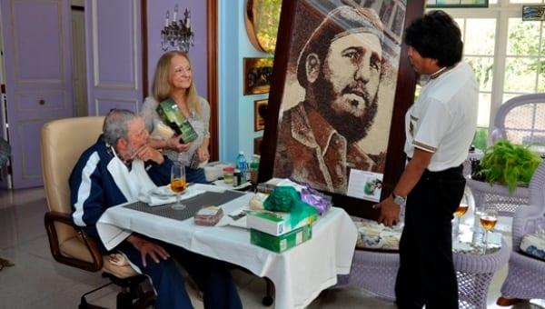 Fidel Castro recibió una visita de Evo Morales para su cumpleaños en Agosto, 2015. Foto: Estudios Revolución.