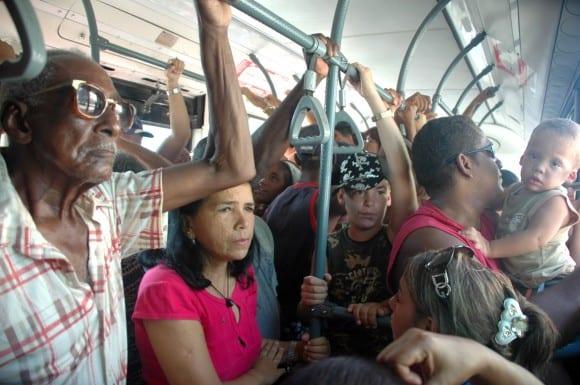 Transporte público en La Habana. Foto: cubadebate.cu