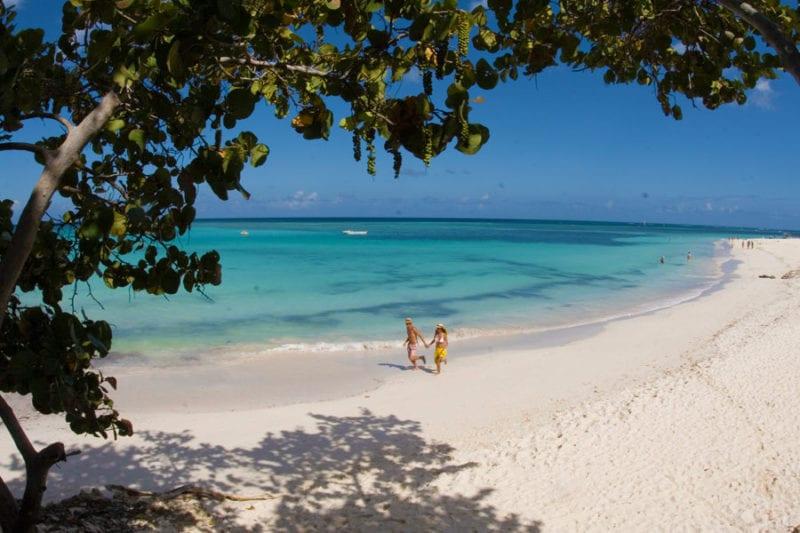 La playa Guardalavaca. Foto: cubanluxuryhotels.com