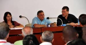 """El jefe de la economía cubana Marino Murillo adelanto que el resto de 2016 será de """"más restricciones"""". Foto: Jorge L. Gonzalez/granma.cu"""