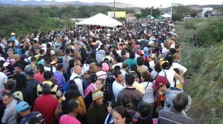 El fin de semana mas de 100 mil venezolanos fueron de compras en Colombia con la apertura temporal de la frontera.