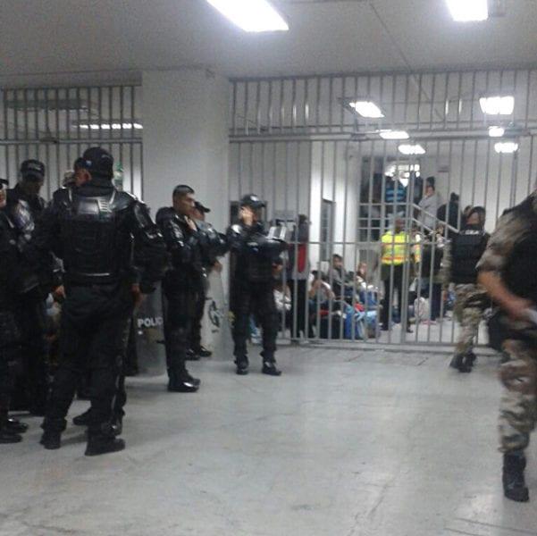 La unidad policial donde están detenidos los cubanos.