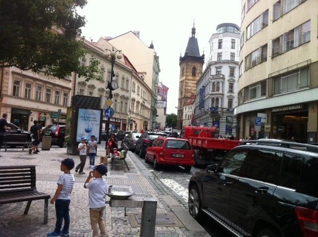 En el centro de Praga.