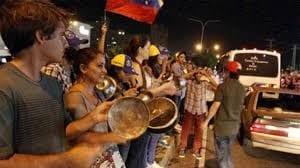 Denuncian detenciones por cacerolazo contra Maduro en isla Margarita.  Foto: elnacional.com.do
