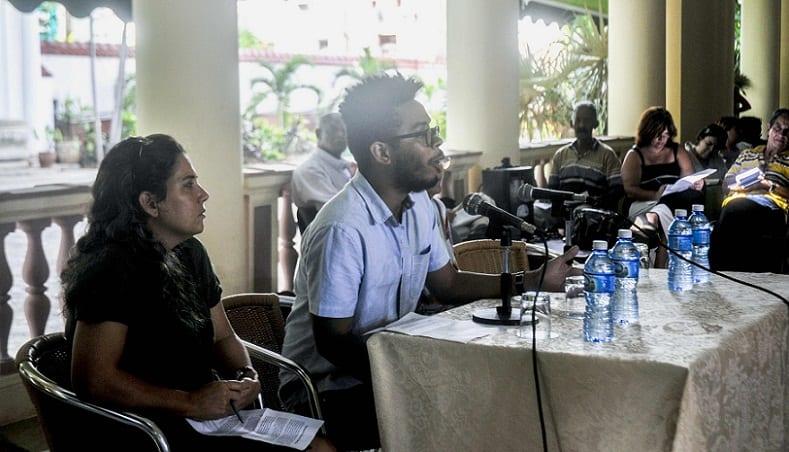 Denuncian en conferencia de prensa la Decisión de Revocar en Estados Unidos el estatus de Organización No Lucrativa (Libre de Impuestos) a la Fundación Interreligiosa para Organización Comunitaria (IFCO)-Pastores por la Paz,  por no declarar al Servicio de Rentas Internas (IRS) los envíos a Cuba, efectuada en el Instituto Cubano de Amistad con los Pueblos (ICAP), en La Habana, Cuba, el 7 de septiembre de 2016.  ACN FOTO/Oriol de la Cruz ATENCIO/sdl
