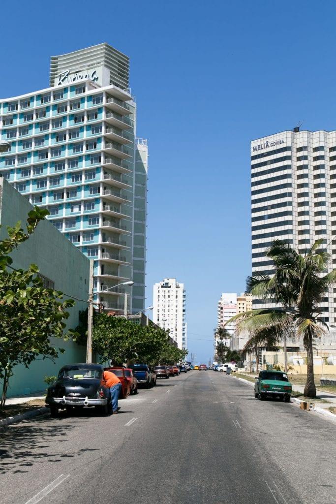 Calle 3ra Miramar. Foto: Juan Suárez