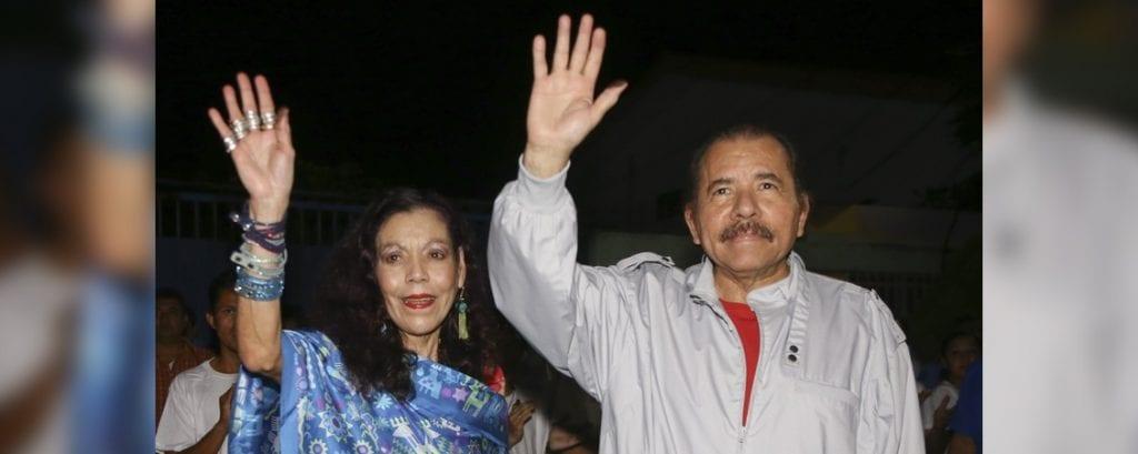 Daniel Ortega y Rosario Murillo en la noche de las elecciones. Foto: el19digital.com