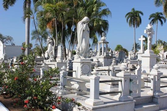 cementerio-de-santa-ifigenia