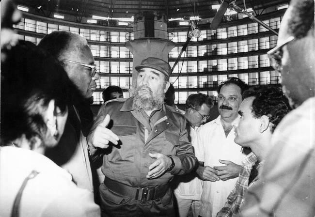 Fidel Castro durante uno de sus visitas a la Isla de la Juventud. Foto: islavision.icrt.cu