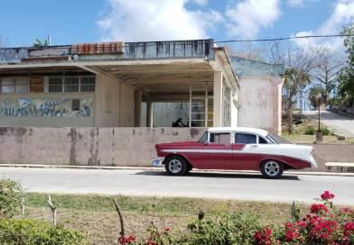 Cine en Rafael Freyre, Holguín, Cuba – Foto del día