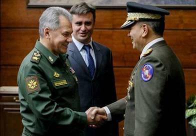 Rusia reitera su apoyo a Maduro y acuerda la visita de buques de guerra