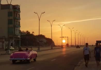 Atardecer sobre el Malecón habanero – Foto del día