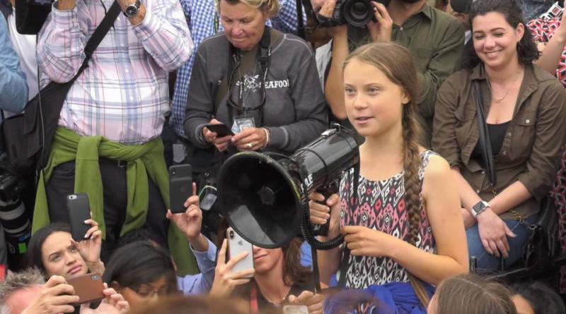 Huelga escolar por el clima frente a la Casa Blanca; Julian Assange seguirá preso; EE.UU. amenaza a Iran, y más noticias