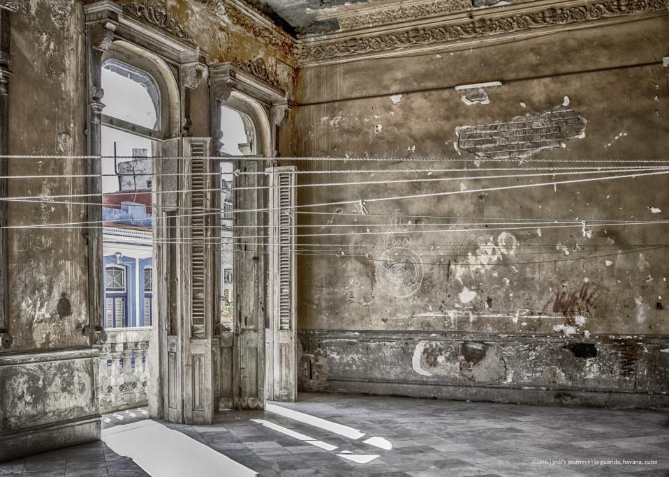 Mansión en la Calle Concordia, La Habana.  Por Jodi Newell (EUA).  Cámara: Canon 60D