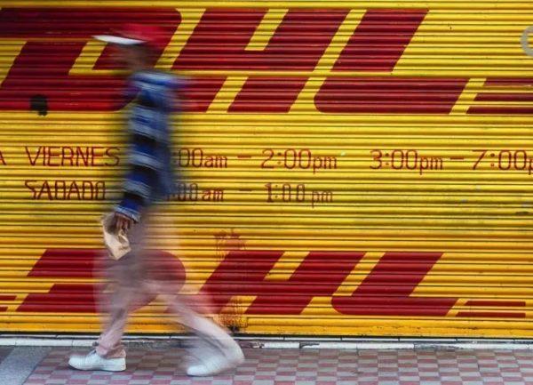 """DHL suspende """"temporalmente"""" envíos a Cuba"""